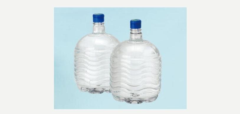 天然水ボトル